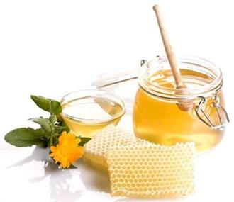 medovoe-obertyvanie-protiv-cellyulita-v-domashnih-usloviyah
