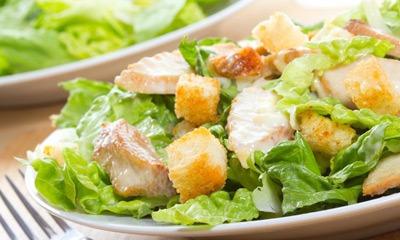 Диетические салат цезарь