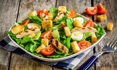 salat-cezar-dieticheskij