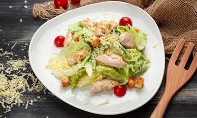 salat-cezar-na-diete