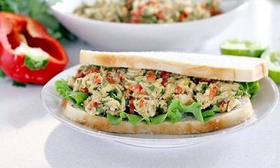 salat-s-kuricej