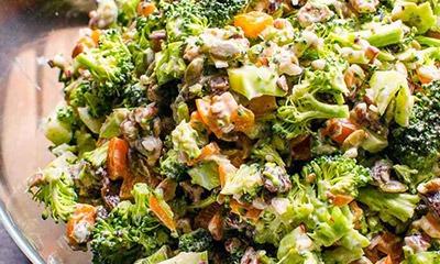 zdorovyj-salat-iz-brokkoli