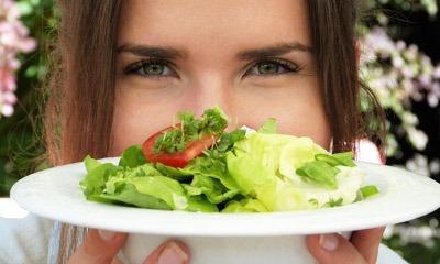 ovoshchnye-salaty-dlya-pohudeniya