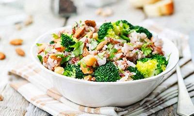 poleznyj-salat-iz-brokkoli