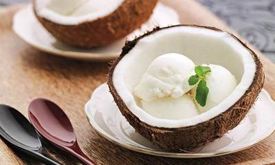 kokosovoe-domashnee-morozhenoe-bez-moloka